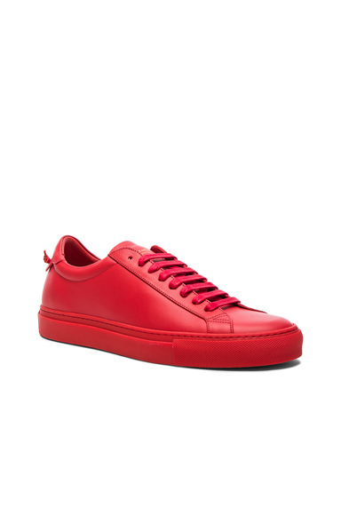 Urban Street Low Top Sneakers