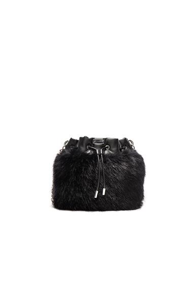 Fur Bucket