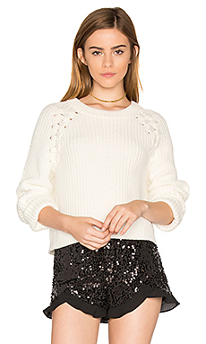Lace Up Shoulder Sweater en Craie