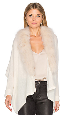 Danica Faux Fur Jacket en Cloud & Beige