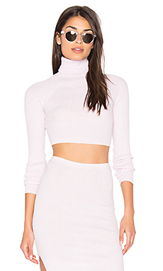 PULL CROPPED BRIA