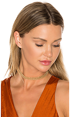 Ballchain Choker in Gold