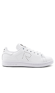 RS Stan Smith Lace Up Sneaker en Blanc & Noir