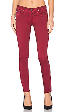 Jean Stilt en Sea Soaked Ruby Rouge