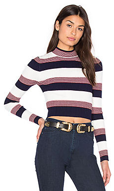 PULL CROPPED WINONA
