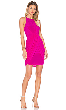 Eunice Pleated Tulip Dress en Fuchsia