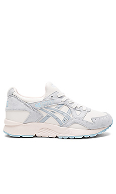 Platinum Gel Lyte V Sneaker in Moonbeam & Light Grey