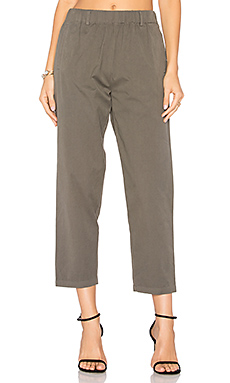 Ease Pant in Olive