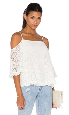 Lace Tusk Cold Shoulder Top en Crème