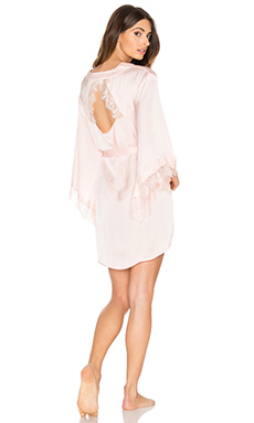 Gypsy Nights Lace Robe – 粉红胭脂系列