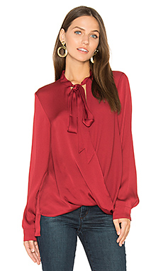 BLOUSE SURPLIS