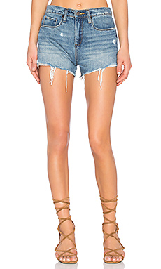 SHORT EN JEAN DISTRESSED
