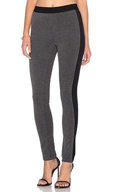 Stretch Twill Pant in Charcoal & Black