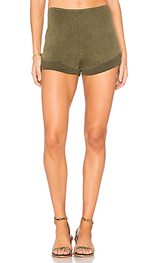 Enzyme Shortie Short en Army