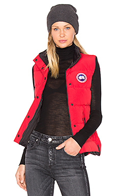 Freestyle Vest in Red