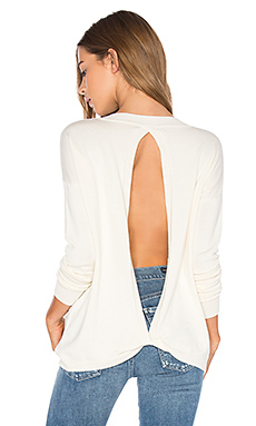Baton Rouge Keyhole Back Sweater en Solid Ivory