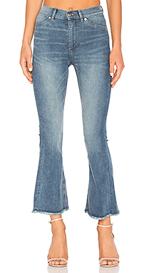 JEAN FLARE CROPPED KICK SPRAY