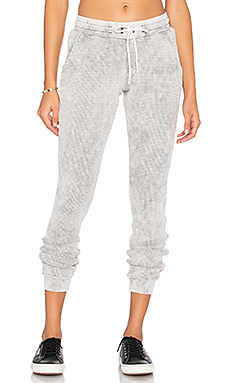 The Monaco Thermal Jogger en Grey Dust