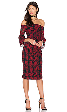 Lace Off The Shoulder Dress en Rouge