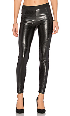 LEGGINGS EN CUIR VEGAN MATELASSÉ