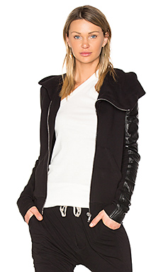 Leather Sleeve Mountain Hoodie en Noir