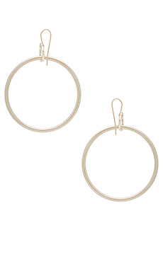 Lueur Earrings in Silver