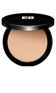 Flawless Illusion Compact Foundation en M