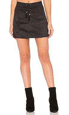 Connelly Faux Suede Skirt en Noir