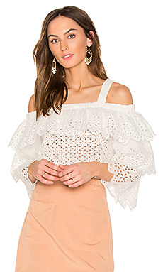 Cold Shoulder Top With Tiered Sleeves en Blanc