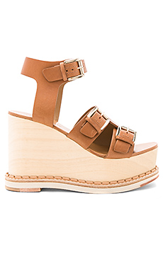 Holly Wedge in Vacchetta Cognac