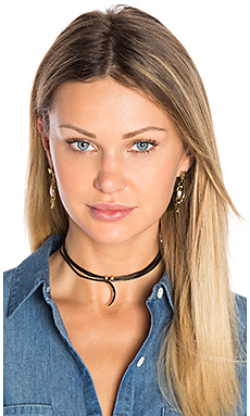 3 Wrap Ransom Choker in Black Moon