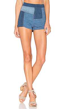 Patched High And Tight Short en Denim