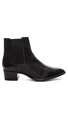 Dara Chelsea Bootie in Black