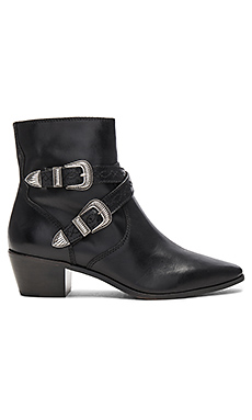 Ellen Buckle Short Bootie – 黑色