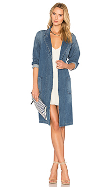 x REVOLVE Brigitte Car Coat en Spill The Wine