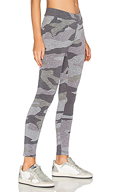 Oversized Camo Legging en Granite