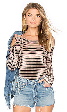 Stripe Cut Out Top en Cheeky Pink