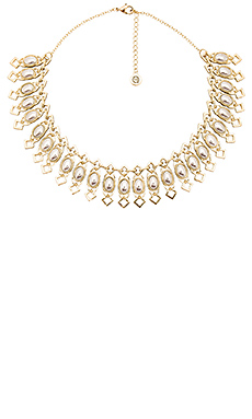 COLLIER PLASTRON LADY OF GRACE