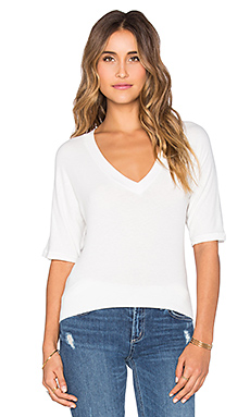 Dolman V-Neck Top en Marshmallow