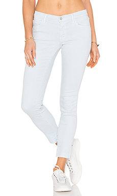Mid Rise Skinny in Pale Smoke