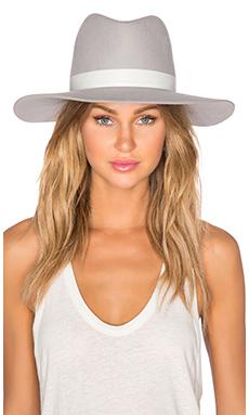 HENNINGSEN 帽类