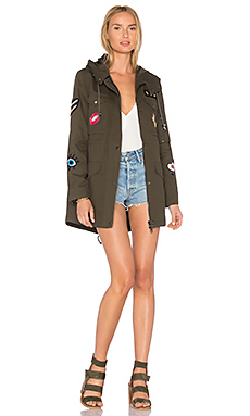Cargo Coat With Exclusive Patches en Olive