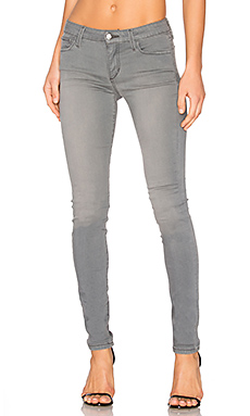 The Icon Skinny in Light Grey Wash