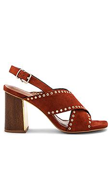 鞋面交叉高跟鞋