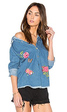 Sloane Button Up Denim Shirt – 经典水洗