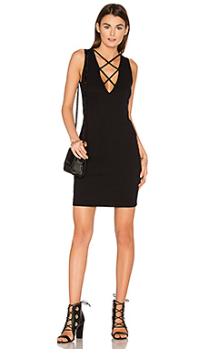 Lace Up V Dress en Noir