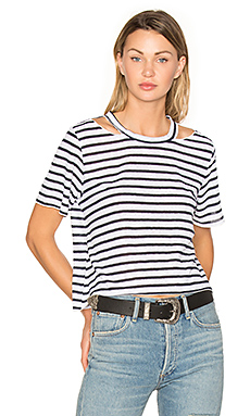Stripe Cut Out Crop Tee en Rayé Blanc & Marine