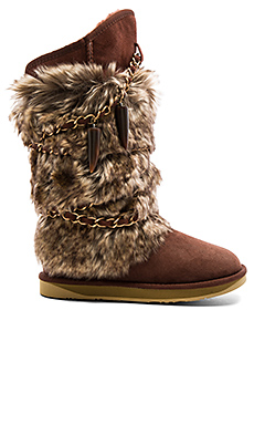 Atilla Boot with Faux Fur in Mahogany