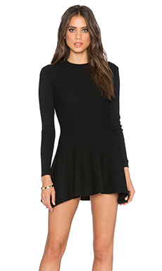 Long Sleeve Shift Dress in Black