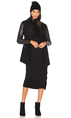 Vane Coat in Black